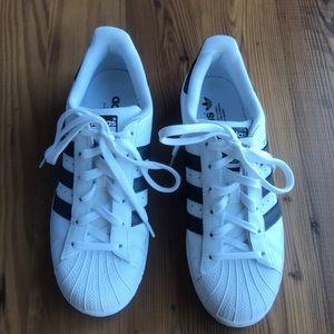 Adidas Black/white Superstar shoes